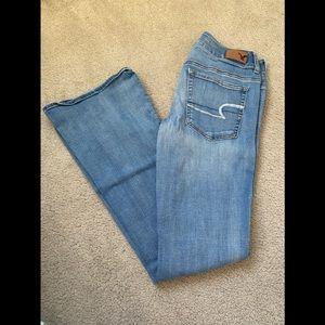 American eagle super stretch jeans (size 6)